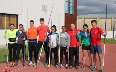 Convocadas las becas de atletismo 2019-2020 en el CAR de León
